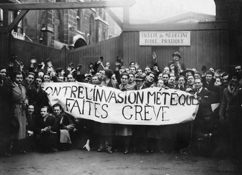 1er février 35 devant fac médecine paris